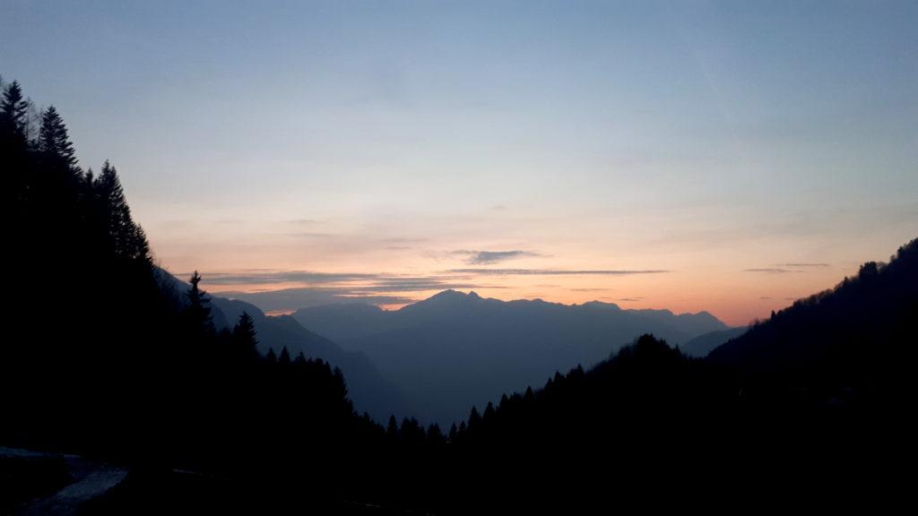 dall'alba al tramonto: rieccoci al parcheggio
