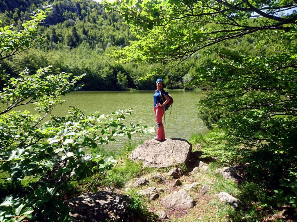 Erica sulla sponda del Lago Nero