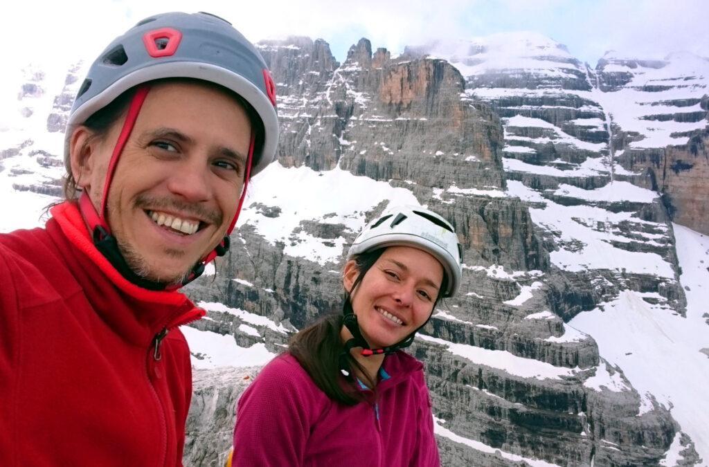 Selfie di vetta soddisfatti! Anche se abbiamo ravanato di qua e di là siamo comunque in cima