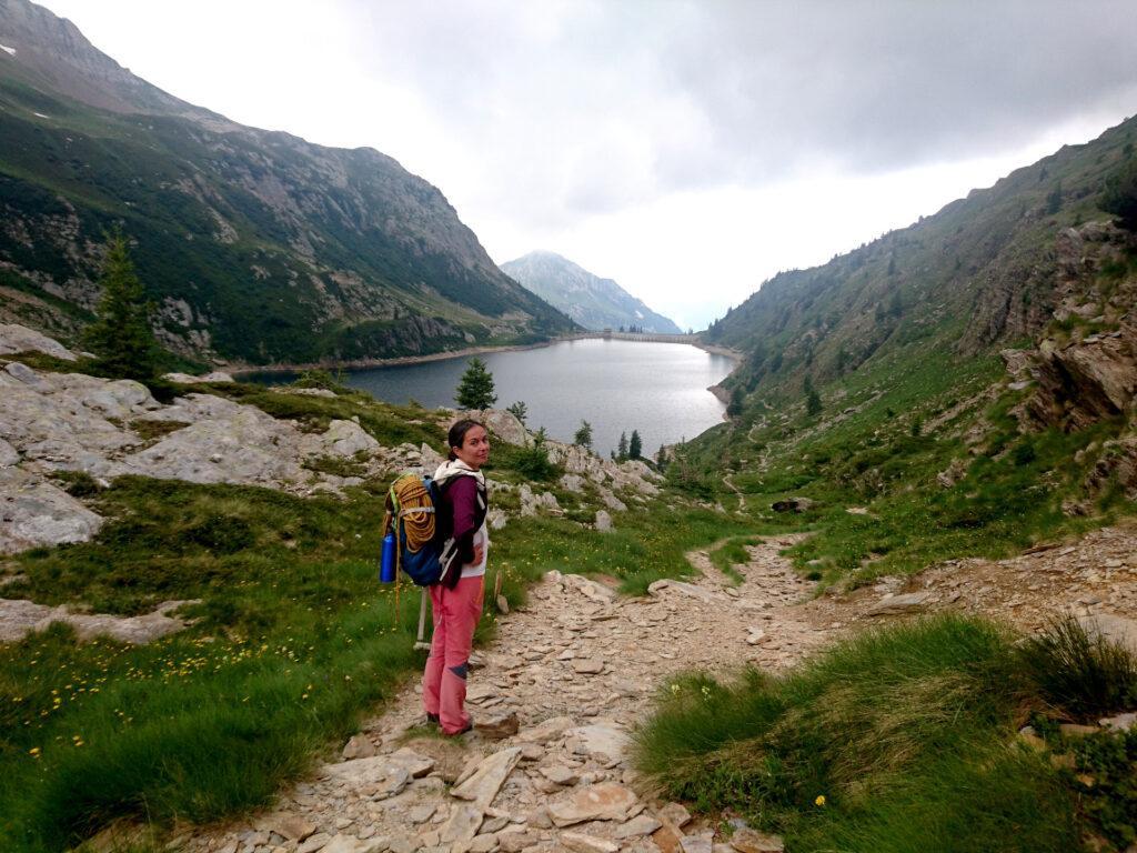 Erica e il lago Colombo sul versante sud del Pizzo del Becco