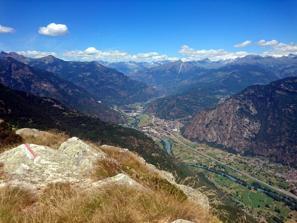 La bellissima vista dalla nostra cima verso la Valle d'Aosta