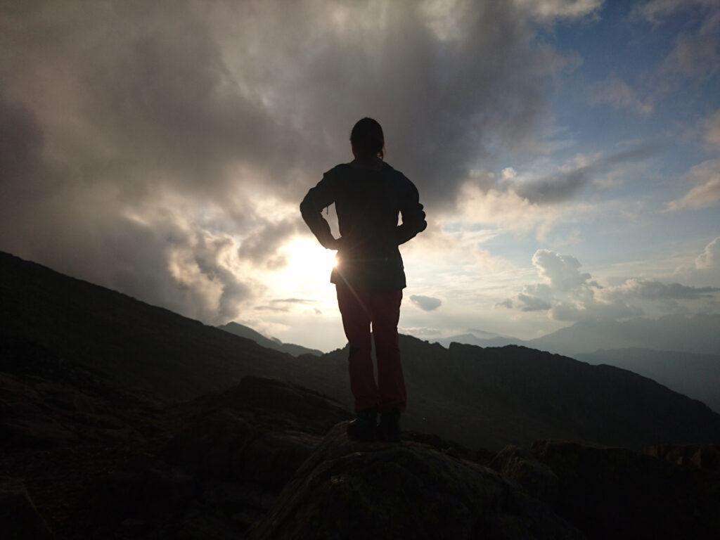 aspettando il tramonto (la prima sera che riusciremo a godercelo)