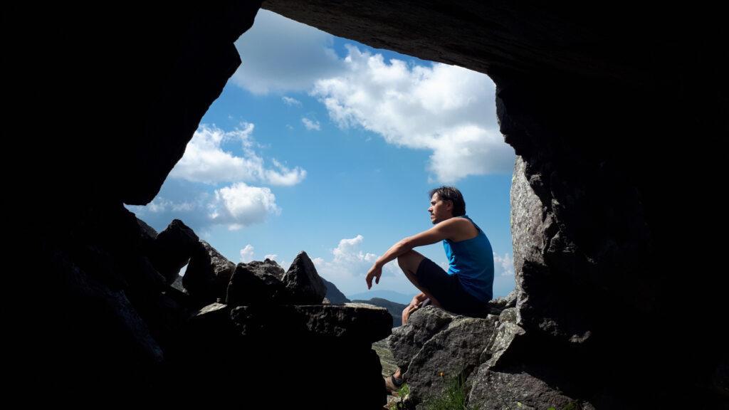 grotte, innumerevoli, che servivano da rifugio durante la Grande Guerra