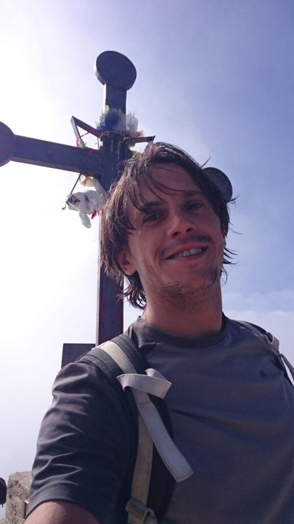 Prima però l'obbligatorio selfie di vetta sulla cima Carega