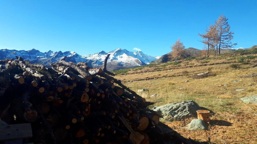 le montagne innevate della valle di Champorcher