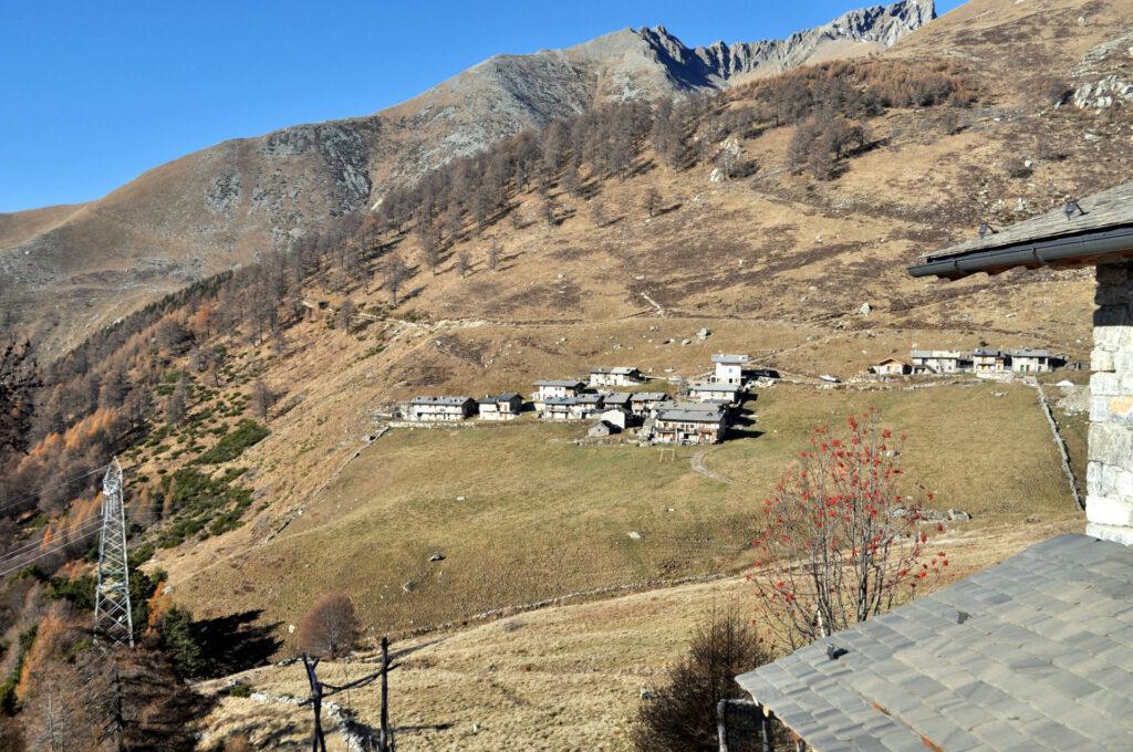 l'Alpe di Mezzo vista da Pescedo