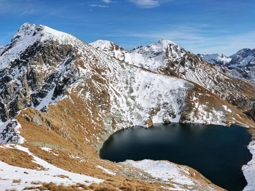 Lago Moro dalla cresta che scende al passo di Valcervia