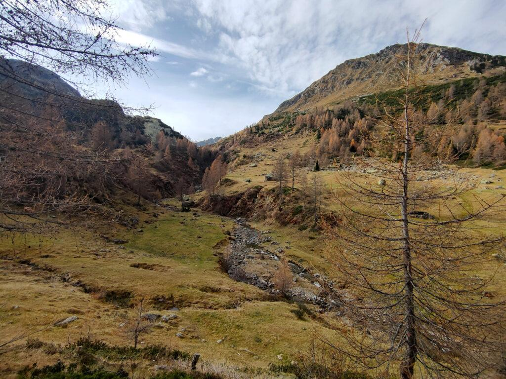 La bella valletta che scende dai Ponteranica
