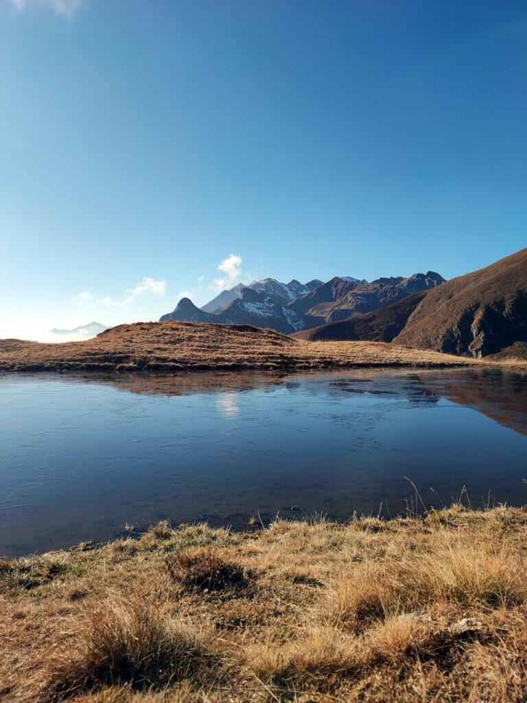 laghetto ai piedi del monte Avaro