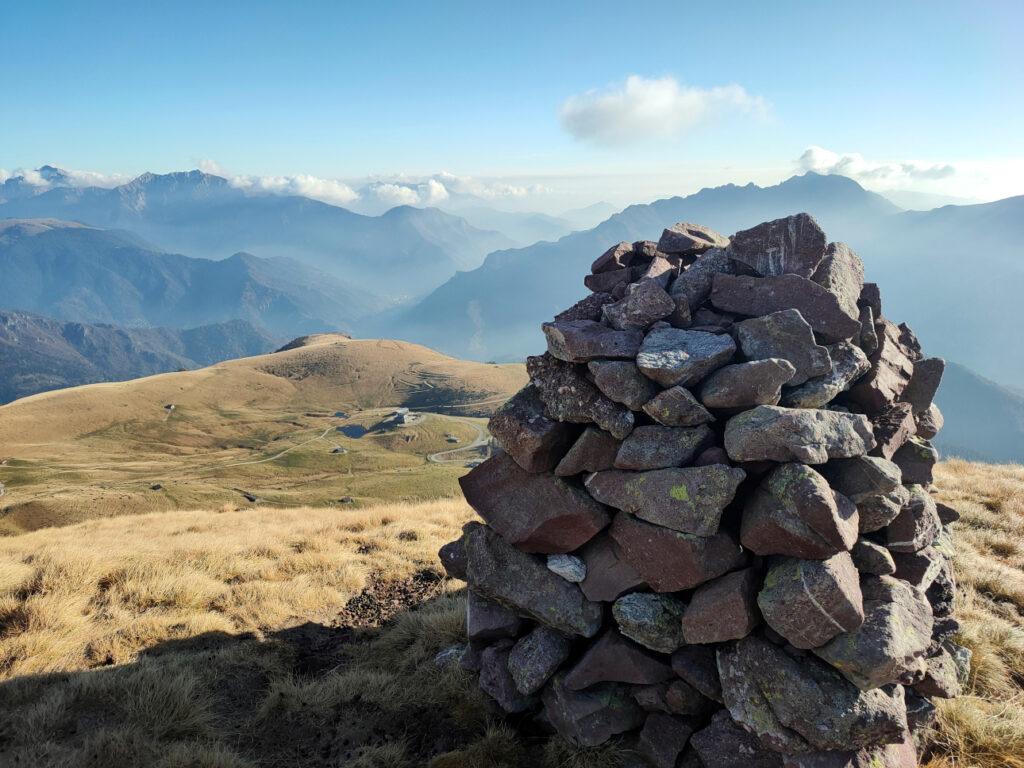 Cima del Monte Avaro con i piani dell'avaro