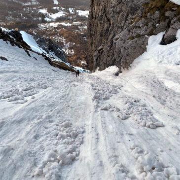 Canale Pagani invernale e discesa dal Caimi – Grignetta