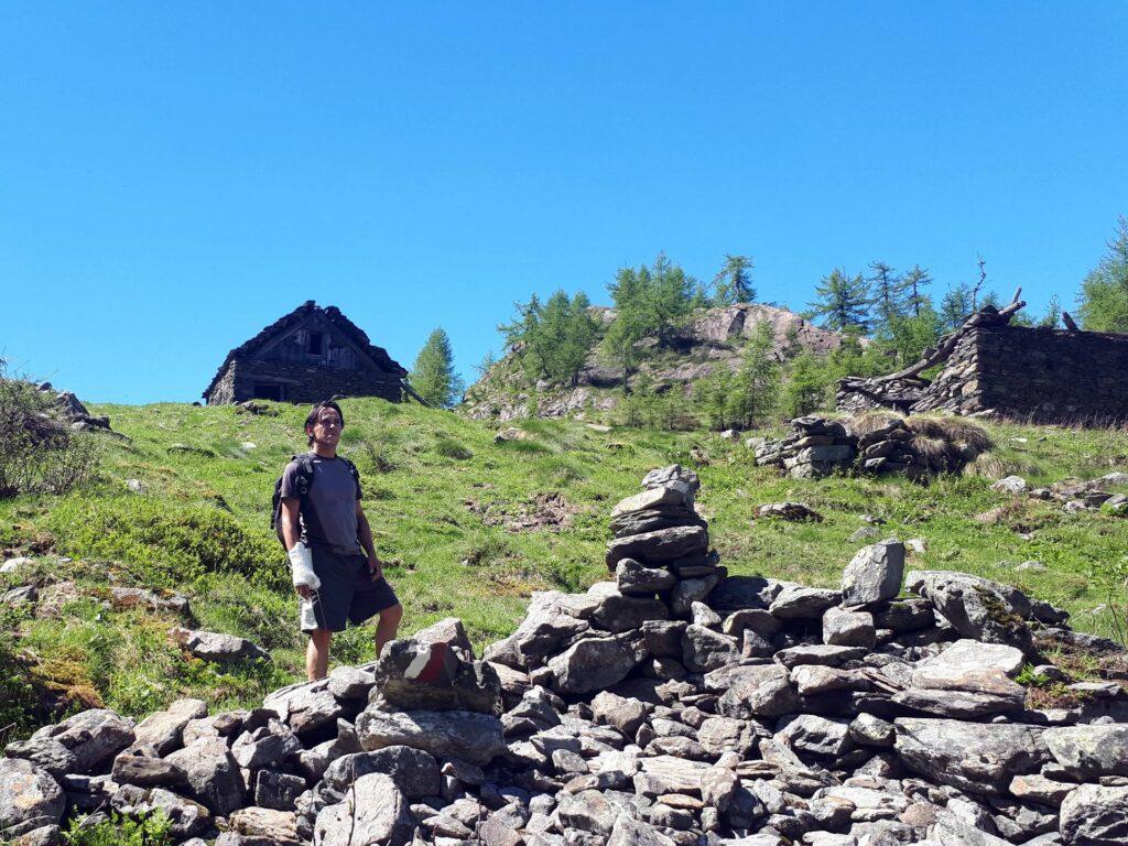 Siamo alla base dell'Alpe Cama inferiore