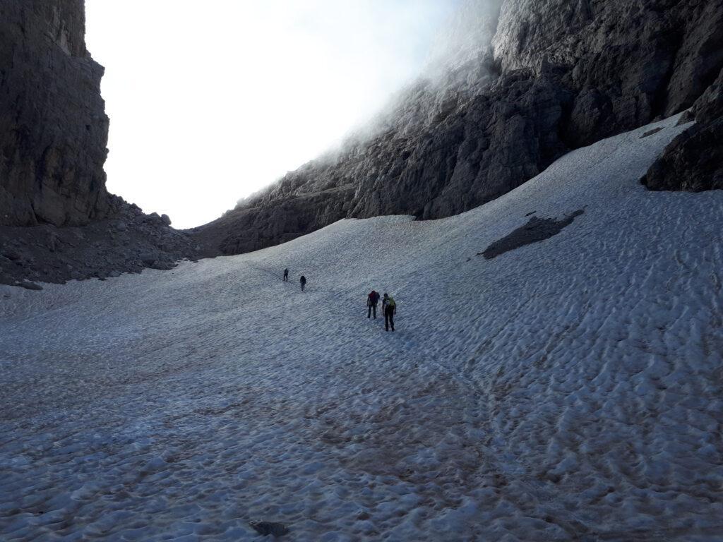 poche decine di metri su neve e siamo in Bocca di Brenta