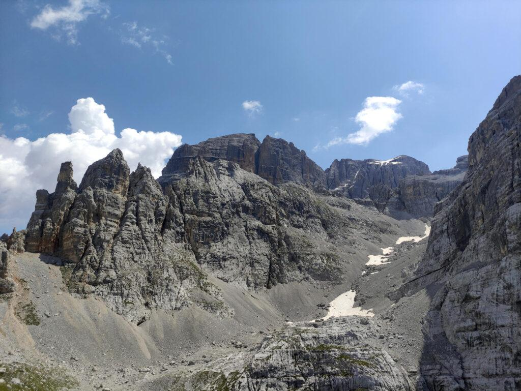vista della parte sommitale della Val Larga